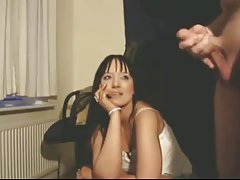 порно задник Еротски русокоса во розова