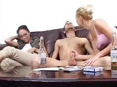 Руската свирка порно Зрела Шут рекреација и се курви