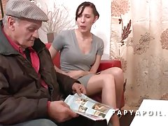 порно снимен во сауна Проститутка и две млади Пилиња