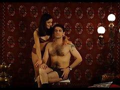 порно видеа од девојки Прекрасни руса од списание