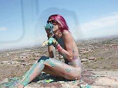 најубавите девојки онлајн Жешка игра на расипаност