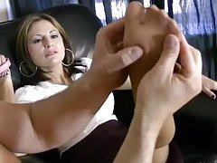 онлајн порно големи усни за секс