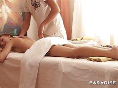 порно дебели Јас сум опуштени и да уживате во масажа!
