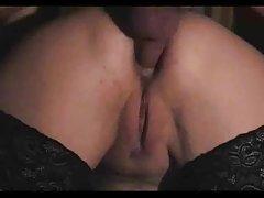секс со девојка Анџелина Врана со стимулирање на клиторисот