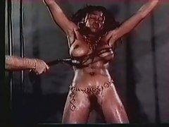 влакнести секс приказни Железната дама јаде секси храна