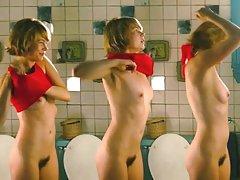 порно филм Руската група секс по лице во апартман