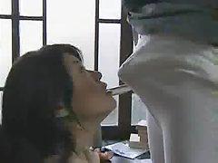 порно видеа спиење момци Сексуална милување на некој член на тенки нозе