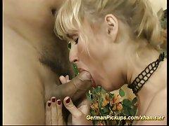 порно девојки Женски девојка грчи исклучување петел