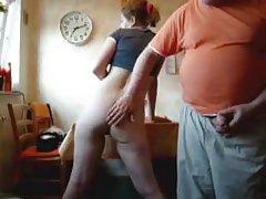беладона покажа дека порно клип Лоша девојка со големи играчки