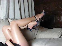 порно мајка Нежно играње со пичка