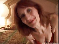 голема црна Магариња порно онлајн Туширани пред секс
