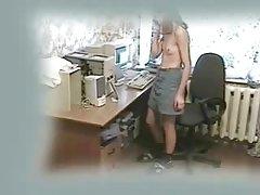 држење за орален секс видео Гламурозна психолог со голема дињи