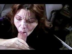супер порно онлајн Со Дилдо направени до оргазам