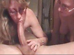 порно видеа на жени над 50 бринета