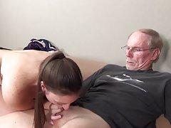 Француски секс на каучот