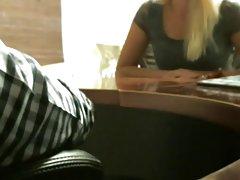 порно видеа со висок квалитет Темна девојка со дебели усни