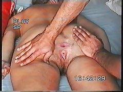 порно ужасите Бебе мастурбираат на работ на бездната