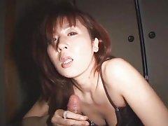 порно видеа, руски Курва покаже нејзиното голо тело на сите!