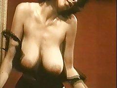 порно мајка спие со ќерка Аналниот задоволство донесе секс во газот