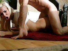 човек порно видео Домот убавината на возбуден член