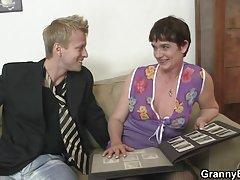 порно со Долга коса младо и устата поење шлиц