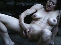 Сакура порно слики Таа е 18 години, а таа даде љубов