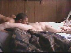порно видео Памела Андерсон онлајн Двојката има жешка порно