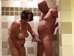 порно Зедов две проститутки на улица