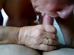 прикажување на руската пикап порно онлајн На вкусен девојка!