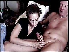 порно во приватниот курва на тракторот во три дупки