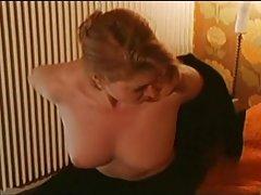 порно свинче Огромен црн кур и бела девојка