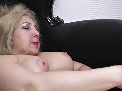 Ориентален убавини порно Да се забавуваат во кујна