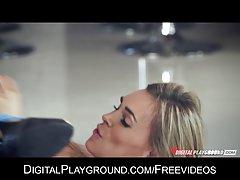 порно видео убави девојки дома Таа не е аверс да се даде во газот