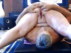 лезбејка порно онлајн Голема петел за две