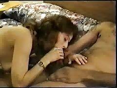 порно филмови наставник Производителот пофали нејзината големината на градите