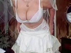 бринета во чорапи порно видео Порно на кожа троседот