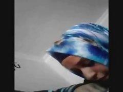 приватно порно видео Зрели жени Бринета смрди дик и тоа грчи