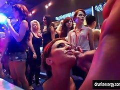 порно кастинг девојки Спонтаниот секс со наставникот