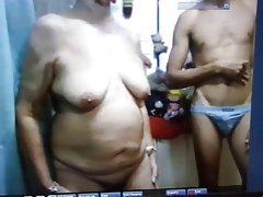 порно видеа девојки во Русокоса во две цепнатинки